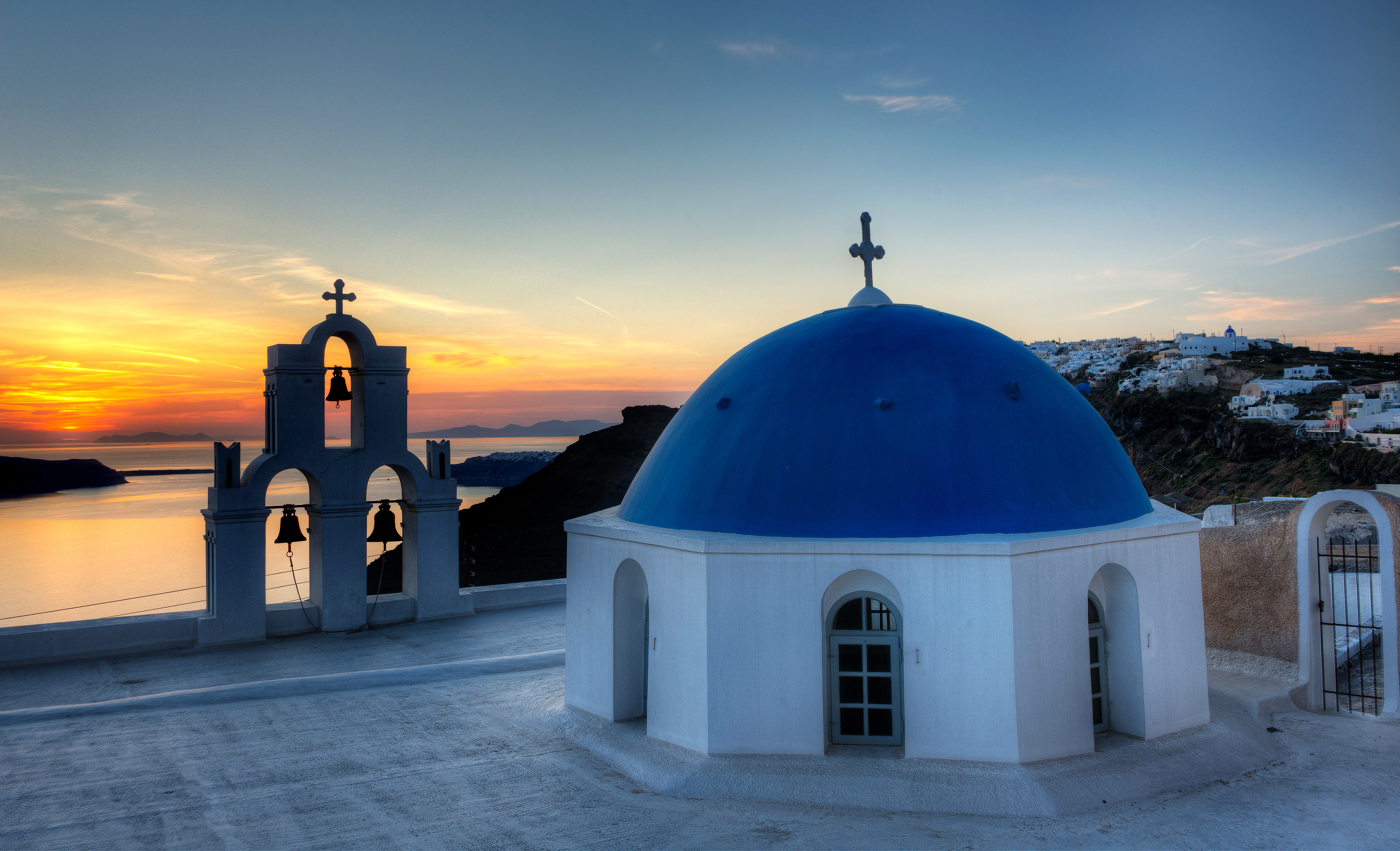 santorini-greece-by-andre-ermolaev-04