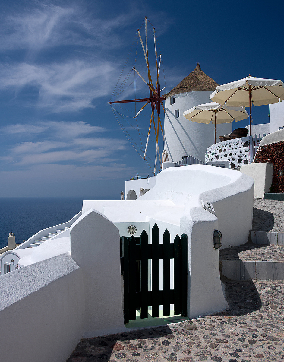 santorini-greece-by-andre-ermolaev-06