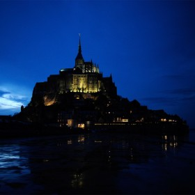 evening-le-mont-saint-michel-by-andre-ermolaev