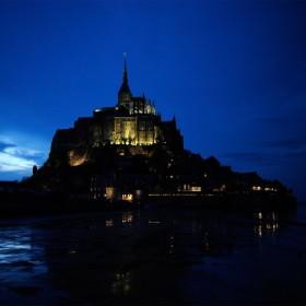 evening-le-mont-saint-michel-by-andre-ermolaev